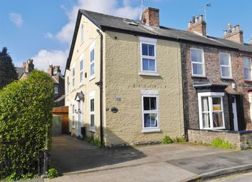 Thumbnail 6 bedroom terraced house for sale in Nunthorpe Road, York