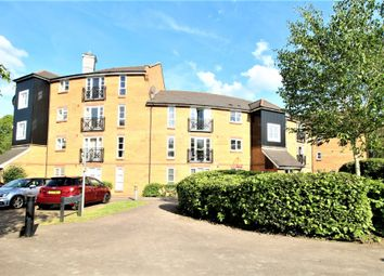 Thumbnail 2 bed flat for sale in Imperial Way, Hemel Hempstead