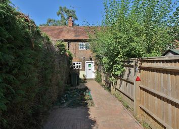 Thumbnail 2 bed cottage to rent in Pangbourne Road, Upper Basildon, Reading