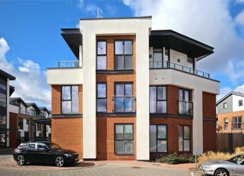 Thumbnail 2 bed flat to rent in Willow Reach, Woking