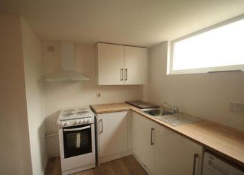 Thumbnail Studio to rent in Kithurst Close, Crawley