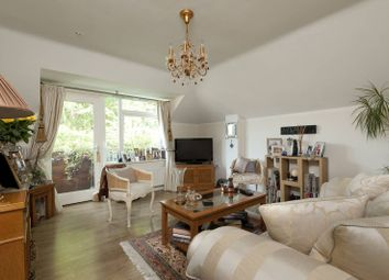 Thumbnail 2 bed flat to rent in York Road, East Barnet