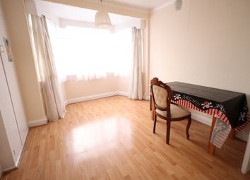 2 bed maisonette to rent in Collindeep Lane, London/ Collindale NW9