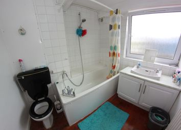 Thumbnail 5 bed shared accommodation to rent in Southern Grove, London