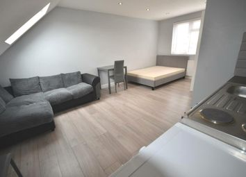 Thumbnail Studio to rent in Clarendon Gardens, Wembley, Middlesex