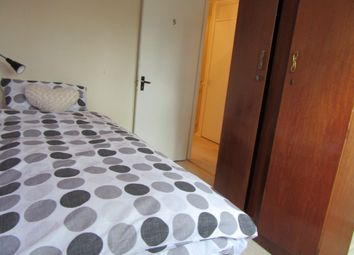 Thumbnail Room to rent in Campion Close, Room 5, Coventry