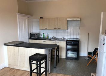 3 bed maisonette to rent in Darenth Road, London N16