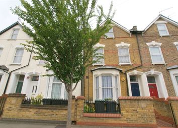 Thumbnail 2 bedroom maisonette to rent in Daleview Road, Stamford Hill
