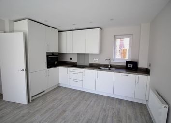 2 bed flat for sale in The Boulevard, Bognor Regis PO21