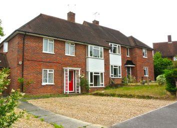 Rickford Hill, Worplesdon, Guildford GU3. 2 bed maisonette