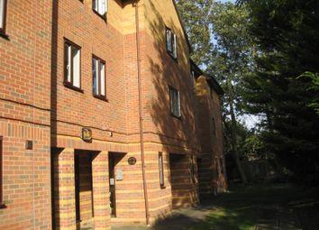 Thumbnail 1 bedroom flat to rent in Glyn Avenue, Barnet