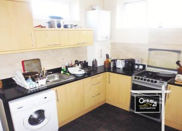 Thumbnail 4 bed flat to rent in Flat A, Chapel Road, Southampton