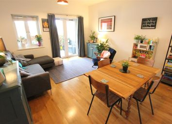 Portland Road, London SE25. 2 bed flat for sale