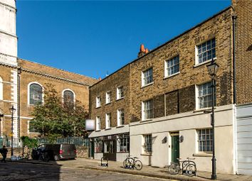 Thumbnail 3 bed detached house for sale in Clerkenwell Close, London