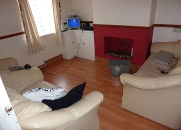Thumbnail 3 bed terraced house to rent in Liverpool Road, Luton