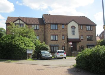 Thumbnail 2 bed flat to rent in Lakeside Chase, Leeds
