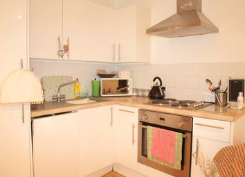 Thumbnail 1 bed flat to rent in Rosebery Road, London