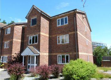 Thumbnail 1 bed flat to rent in Simmonds Close, Amen Corner, Binfield, Berkshire