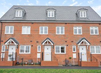 Thumbnail 3 bed town house for sale in Greenfinch Road, Didcot