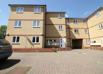 Thumbnail 2 bed flat to rent in Hobbs Lane, Cheshunt, Waltham Cross
