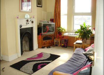 Thumbnail 1 bedroom flat to rent in Garratt Lane, Earlsfield, London