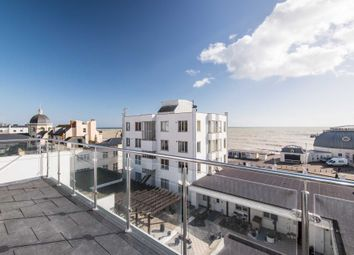 Thumbnail 2 bedroom flat to rent in South Street, Worthing