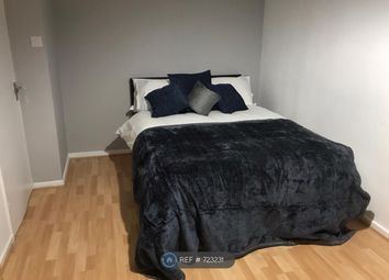 Room to rent in Hanbury Street, London E1