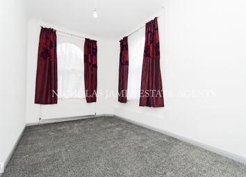 Thumbnail 4 bed flat to rent in Ferntower Road, Highbury