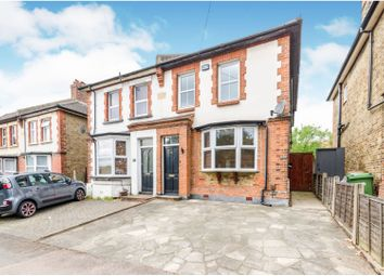 Thumbnail 1 bed maisonette for sale in Benhill Road, Sutton