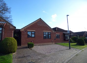 Thumbnail 2 bed property to rent in Jacox Crescent, Kenilworth, Warwickshire