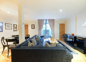 Thumbnail 2 bed flat to rent in Farm Street, London