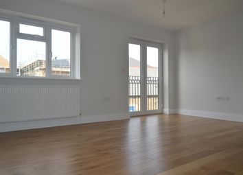Thumbnail 1 bed flat to rent in High Street, High Barnet, Hertfordshire