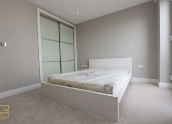 Thumbnail Room to rent in 186 Blythe Road, Kensington Olympia, Hammersmith