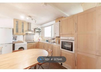 Thumbnail Room to rent in Fraser Court, London