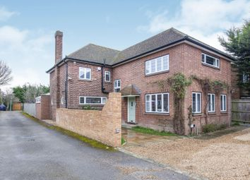 Thumbnail 4 bedroom detached house to rent in Rydens Road, Walton-On-Thames