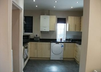 Thumbnail 1 bedroom property to rent in Queensway, Didcot