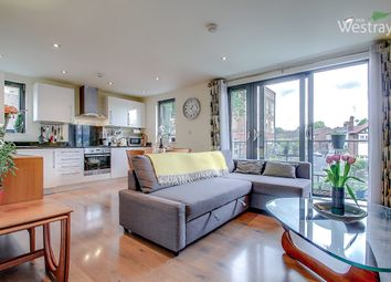 Thumbnail 1 bed flat for sale in Spurstowe Terrace, Hackney