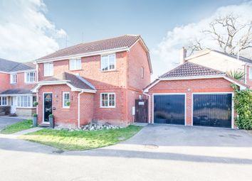 Thumbnail 5 bedroom detached house for sale in Pagewood Close, Maidenbower, Crawley