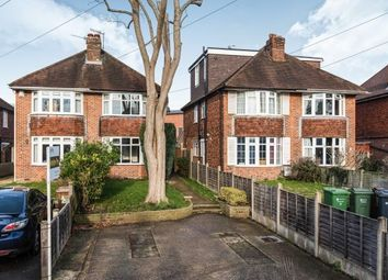 3 bed property to rent in Josephs Road, Guildford GU1