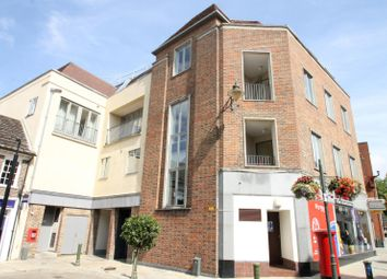 Thumbnail 2 bed flat to rent in Market Square, Horsham