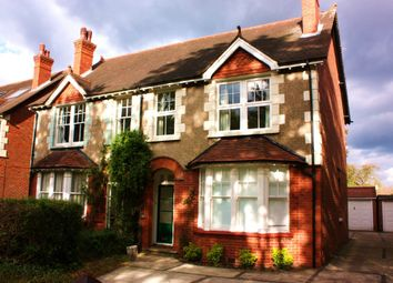 Thumbnail 1 bed flat to rent in Leas Road, Warlingham