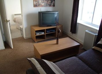 Thumbnail 1 bed flat to rent in Flat 4, Southampton Street, Reading