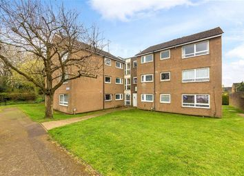 Thumbnail 2 bedroom flat to rent in Smallwood Close, Wheathampstead, Hertfordshire
