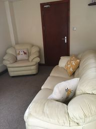 2 bed flat to rent in Gower Road, Swansea SA2