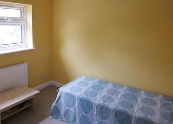 Thumbnail Room to rent in Hilfield Avenue, Wembley