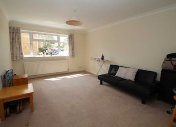 Thumbnail 2 bedroom flat to rent in Doctors Commons Road, Berkhamsted