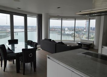 Thumbnail 3 bed flat to rent in New Providence Wharf, 1 Fairmount Avenue, Blackwall, Canary Wharf, London
