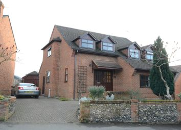 Thumbnail 4 bed detached house to rent in Langborough Road, Wokingham