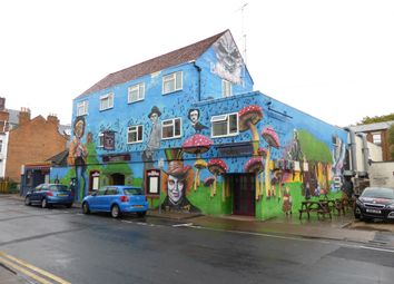 Thumbnail Pub/bar for sale in Park Road, Gloucester