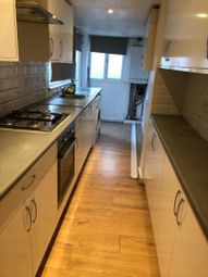 2 bed maisonette for sale in Stratford Road, Yeading, Hayes UB4